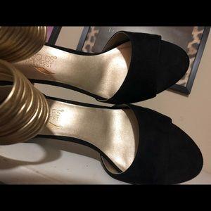 0694e96226b8 AEROSOLES Shoes - Aerosoles Glamour Girl 6.5 Black Heel worn once